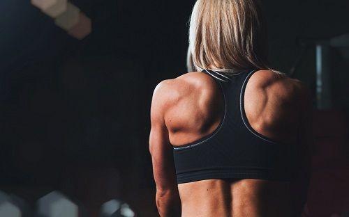 Тренировка спины в домашних условиях
