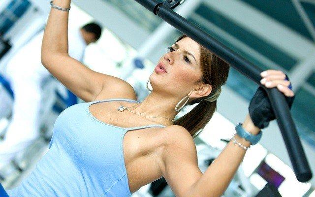 Лучшие упражнения для девушек в тренажерном зале